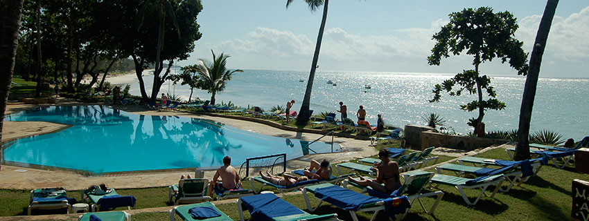 beaches and beach holidays in Mombasa kenya