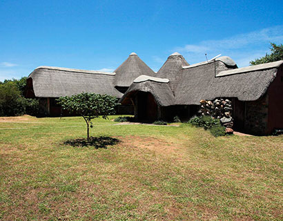 family accommodation at Murchison Falls national park