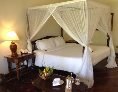 Luxury holiday accommodation, Safari park hotel