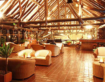 nice restaurants in Nairobi, Safari park hotel
